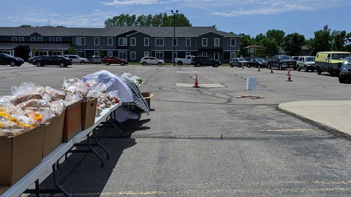 Pop-up food pantry at Lutheran Church of the Cross in West Fargo, ND.