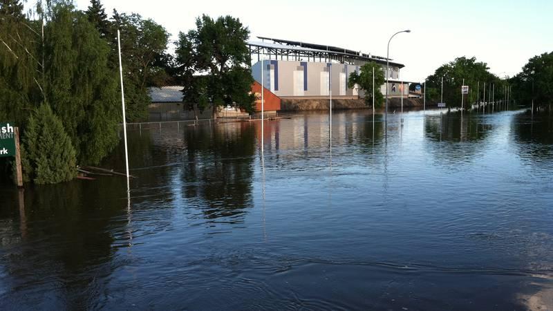 Minot flood in 2011