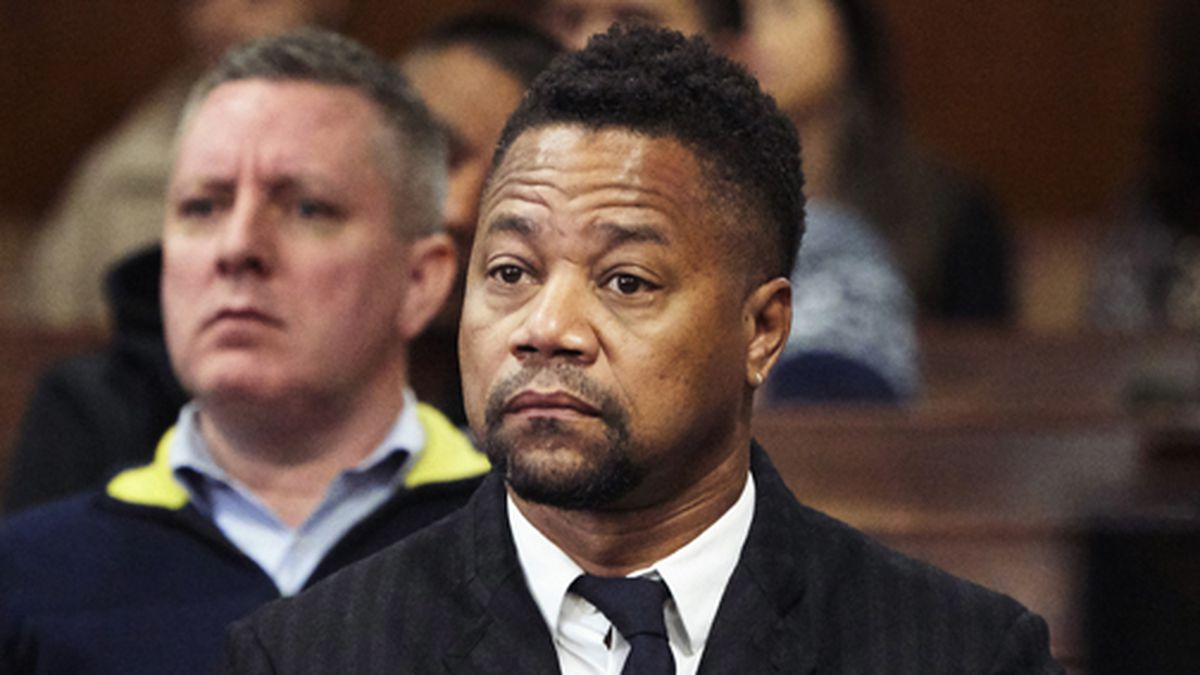 Cuba Gooding Jr. appears in a courtroom in New York, Thursday, Oct. 10, 2019. The actor is accused of placing his hand on a 29-year-old woman's breast and squeezing it without her consent in New York on June 9.  (James Keivom/Daily Mail via AP, Pool) .
