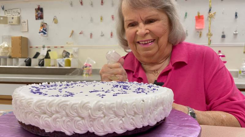 Nearly three decades and thousands of cakes later, Stella Baestch is retiring.